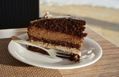 Jak wybrać tort na szczególną okazję?